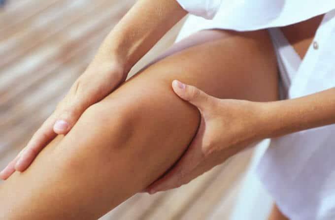 massage giảm mỡ đùi