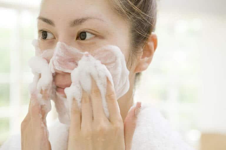 cách trị vết thâm mụn ở mặt