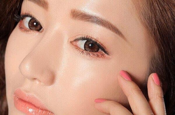 Phun mí mở tròng giúp bạn sở hữu đôi mắt đẹp tự nhiên