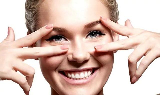Bạn nên áp dụng các biện pháp chăm sóc và phục hồi để xoá bỏ các vết thâm quầng trên mắt