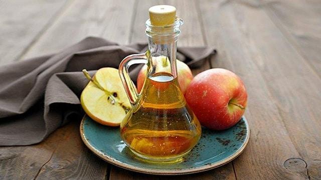 Giấm táo giúp ngăn ngừa vi khuẩn tích tụ và rất hiệu quả trong điều trị chứng hôi nách