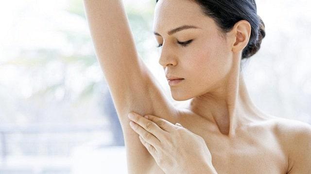 Hướng dẫn cách điều trị thâm nách tại nhà vô cùng đơn giản