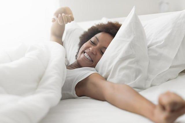 Ngủ đủ giấc để duy trì cơ thể khoẻ mạnh cũng như hạn chế tăng cân nặng