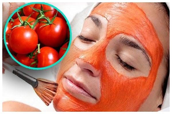 Mặt nạ cà chua nguyên chất là một công thức trị mụn đầu đen lành tính