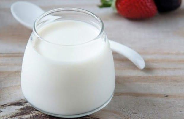 Sữa chua có tác dụng làm mịn da và đều màu da
