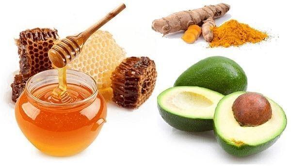 Mặt nạ bơ với mật ong và tinh bột nghệ làm chậm quá trình lão hóa